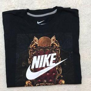 Nike's Men T-shirt  short sleeve- XL color black